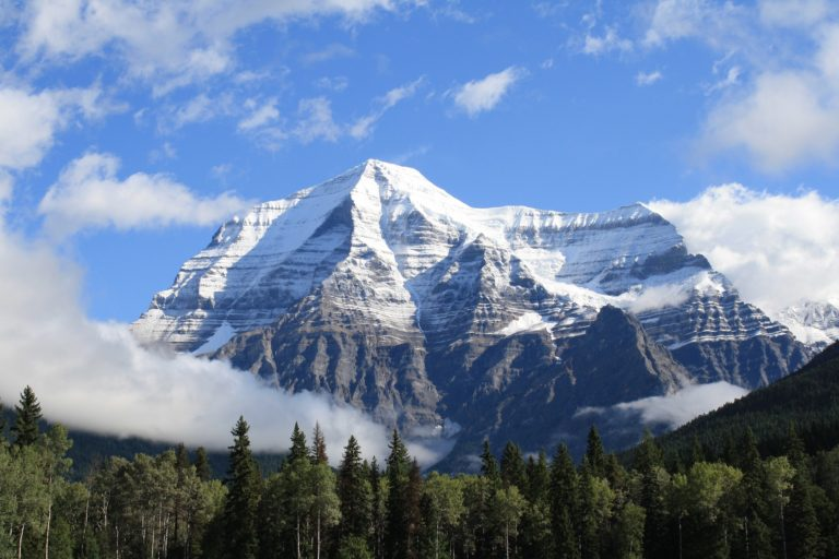 Pixaby_nature-2050885_1920 Mt Robson